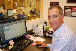 SFV Optometrist, Dr. Barry Leonard