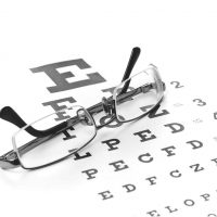 glasses-eye-chart-Optometrist